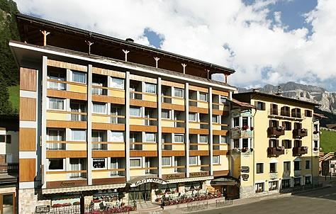 Hotel stella wolkenstein gr den for Design hotel wolkenstein