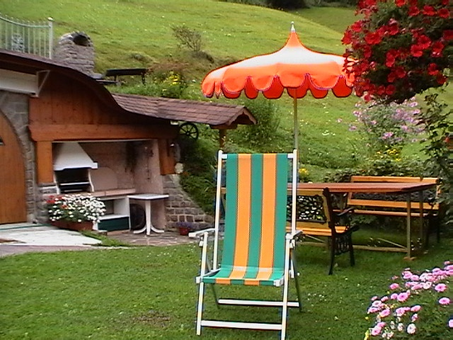 Residence villa emi ortisei val gardena dolomites for Design hotel val gardena