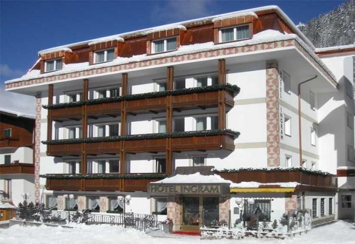 Hotel ingram selva val gardena dolomites for Design hotel val gardena