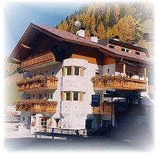 Hotel silvana wolkenstein gr den for Design hotel wolkenstein